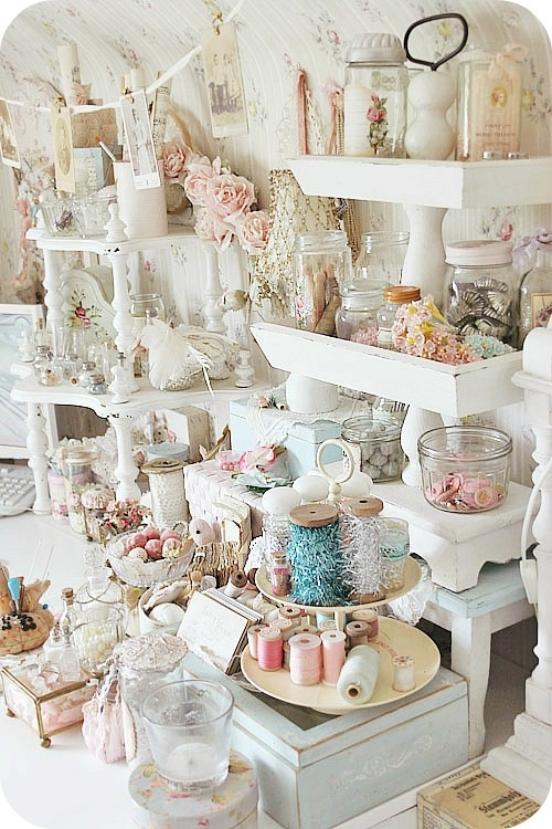Day 21 booth display inspiration molly b for Shabby chic craft room